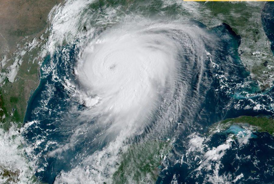Hurricane+Laura+causes+devastation%2C+national+conversation